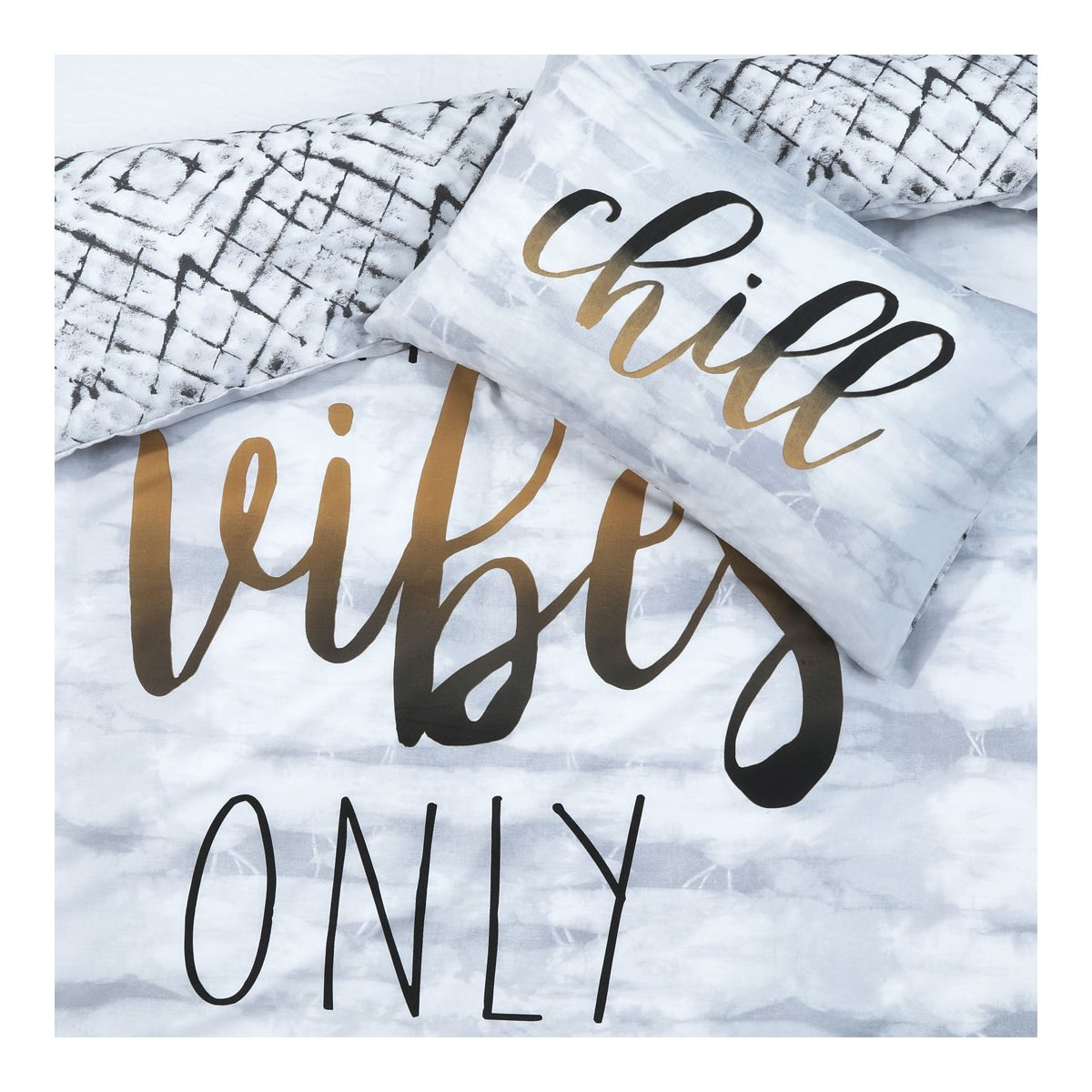 Chill Slogan Bedding - Reversible Duvet Cover and Pillowcase Set