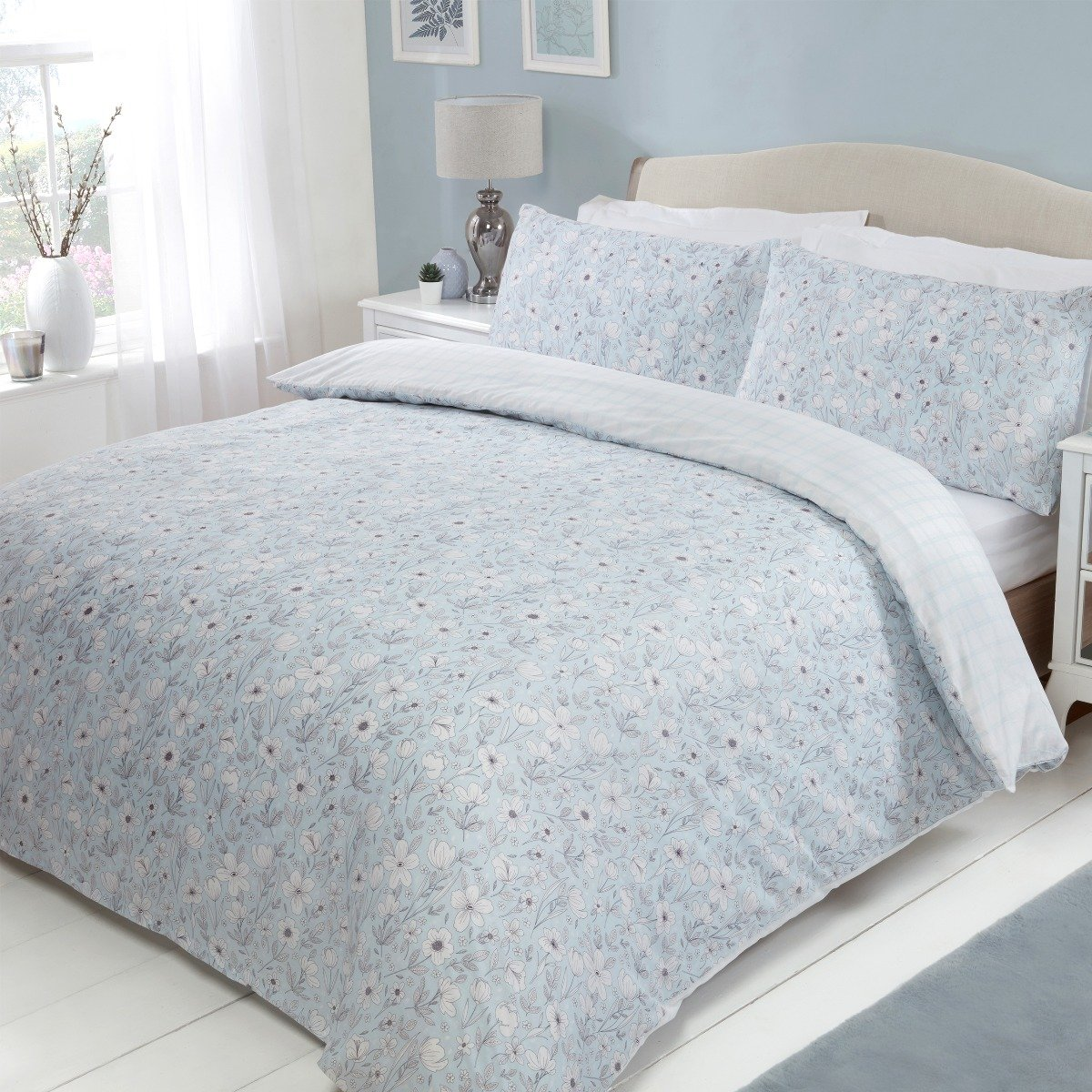 Scattered Sketch Floral Bedding - Reversible Duvet Cover and Pillowcase Set