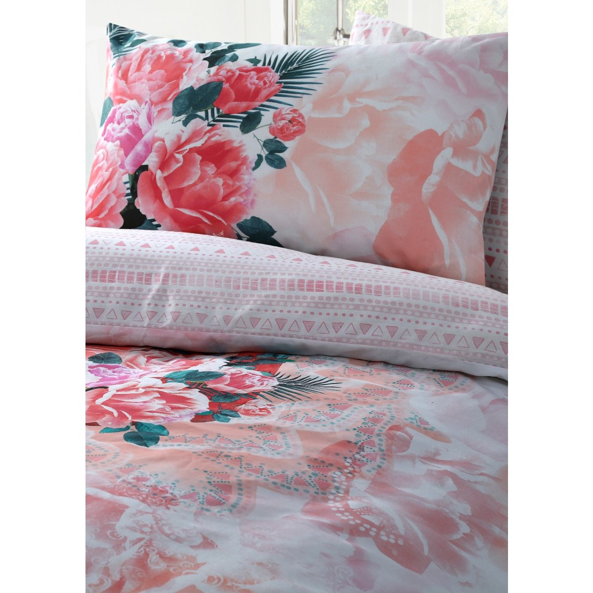 Flamingo Floral Bedding - Reversible Duvet Cover and Pillowcase Set