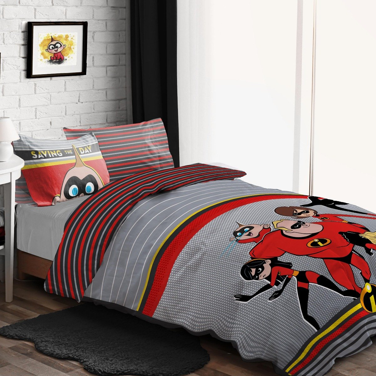 Incredibles Saving The Day Bedding - Reversible Duvet Cover and Pillowcase Set