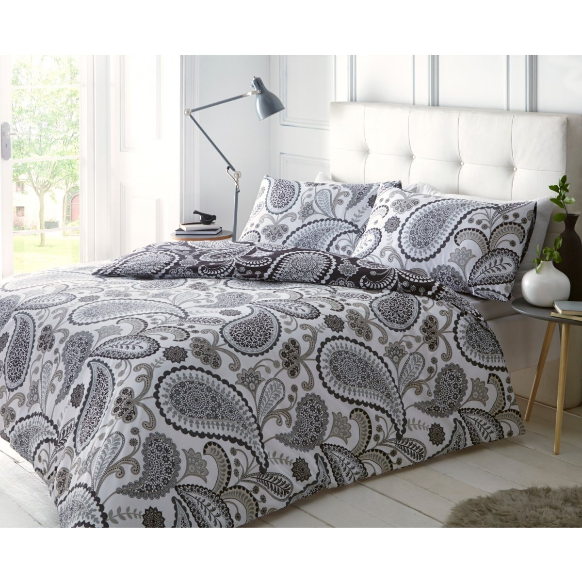 Paisley Black/Grey Bedding - Reversible Duvet Cover and Pillowcase Set