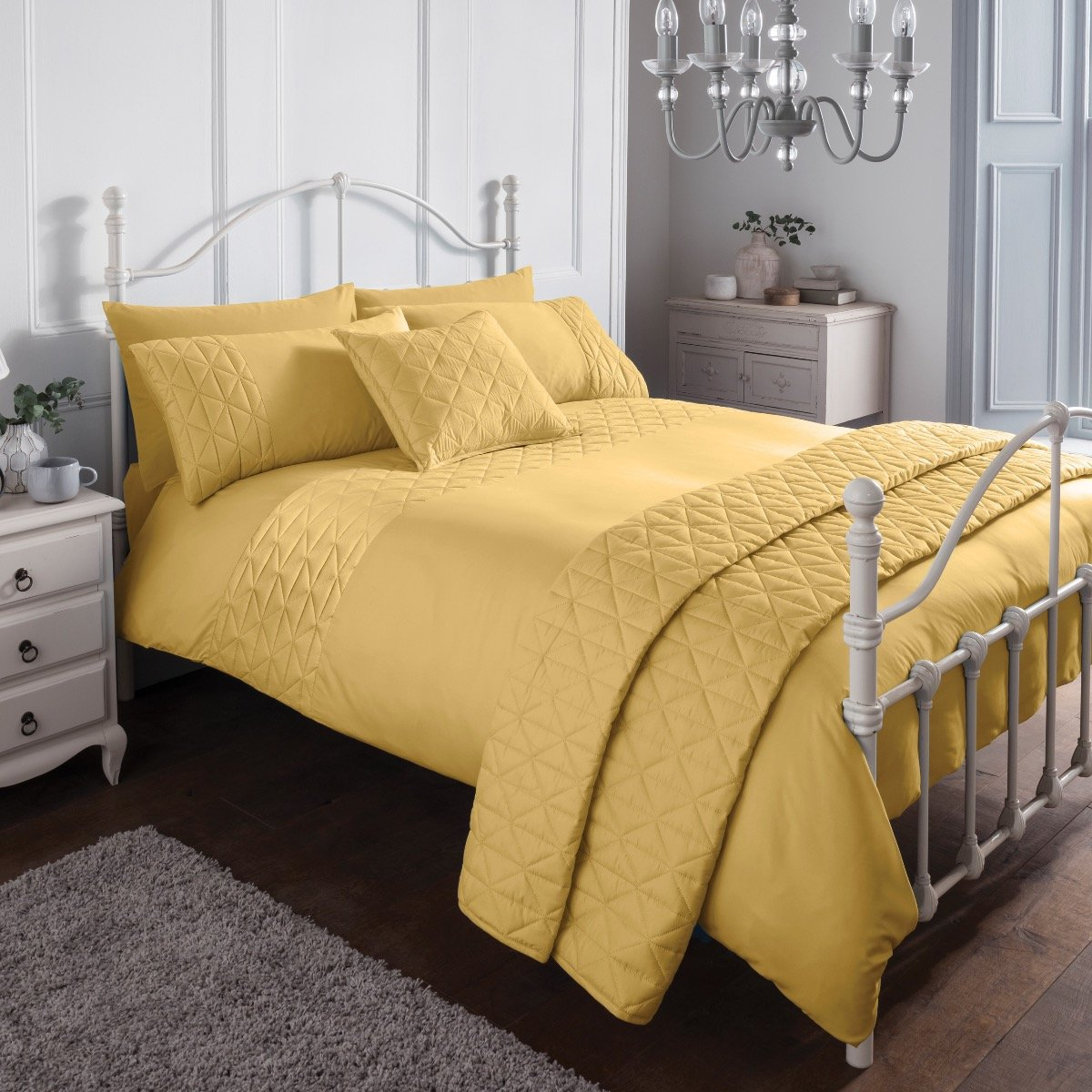 Pinsonic Mustard Bedding - Reversible Duvet Cover and Pillowcase Set