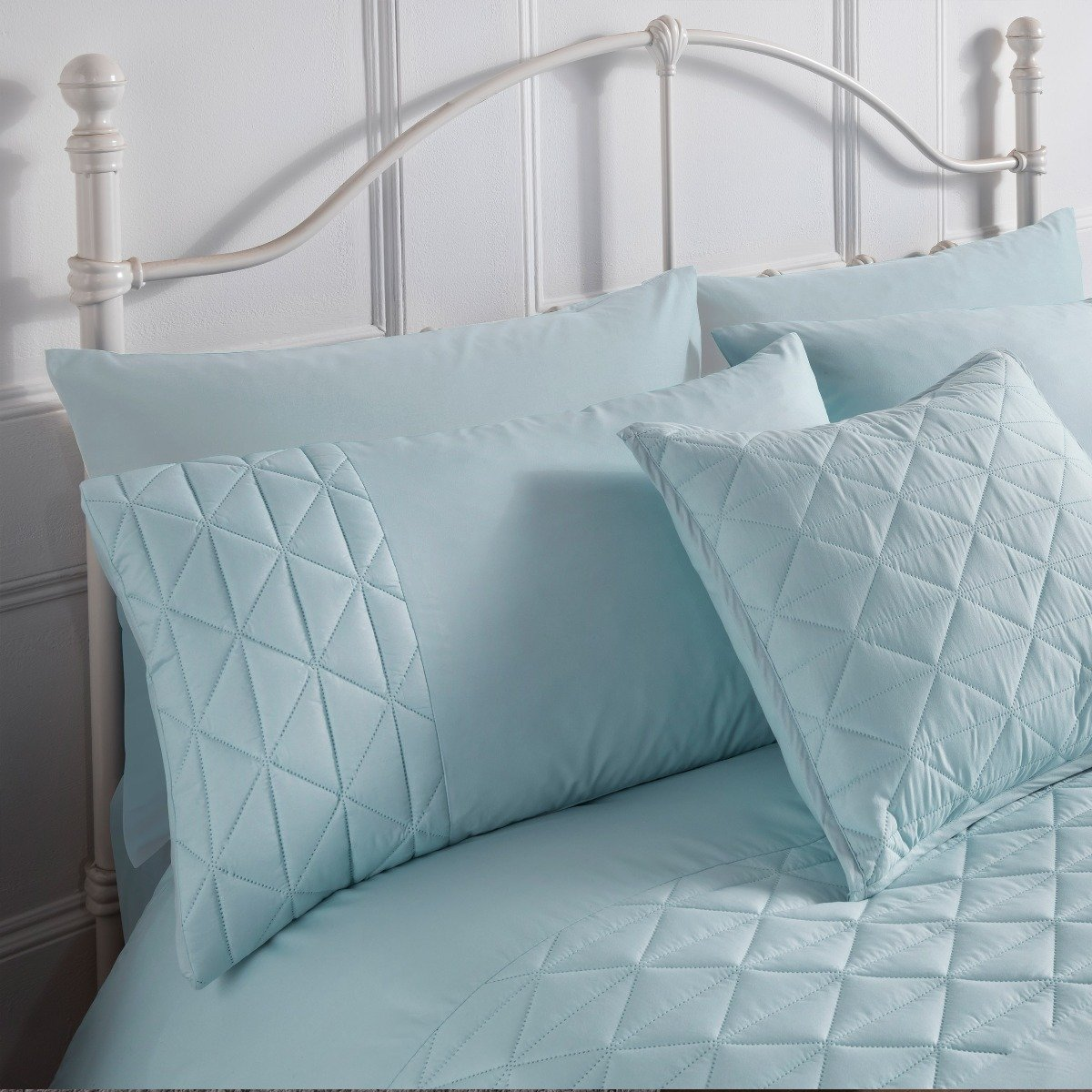 Pinsonic Blue Bedding - Reversible Duvet Cover and Pillowcase Set