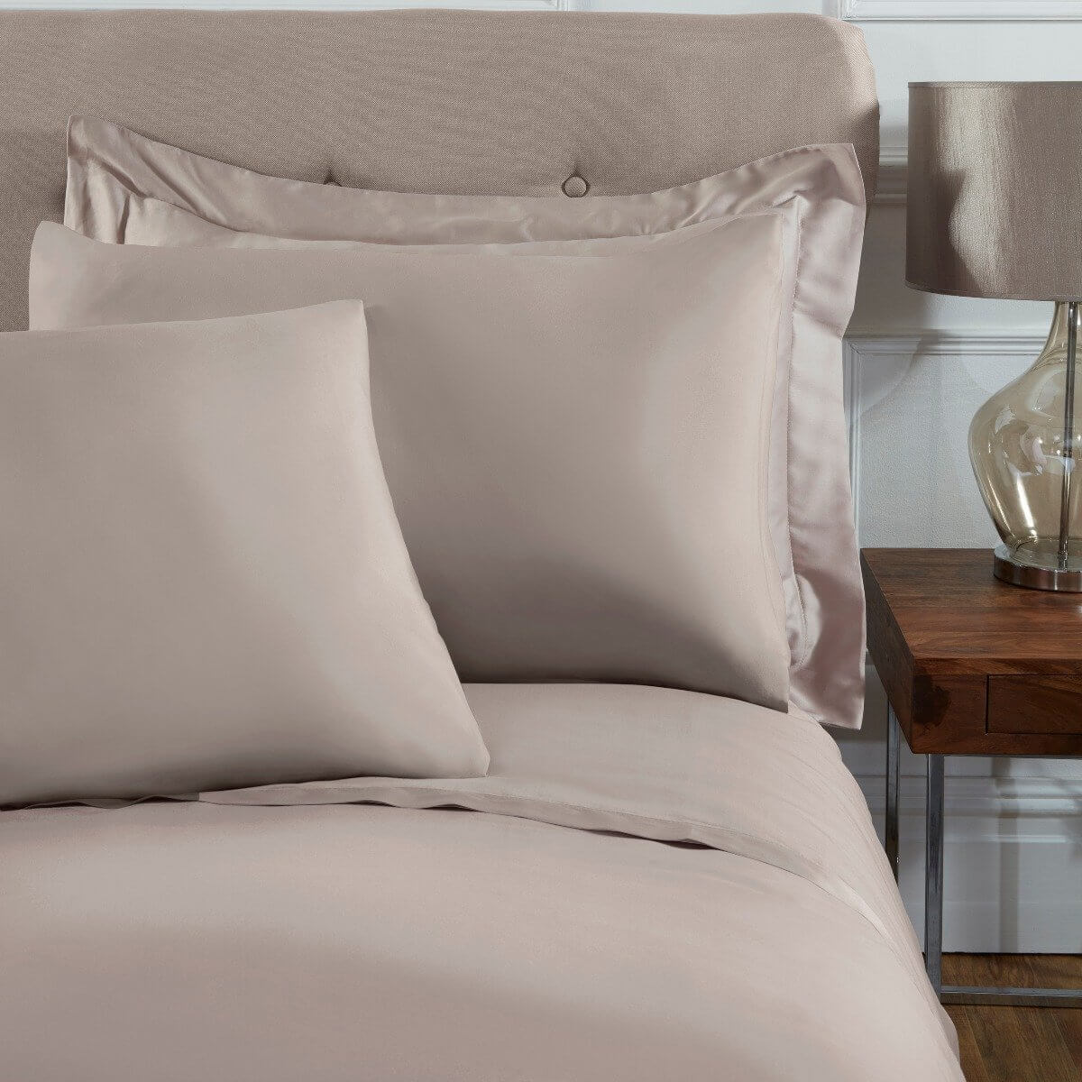 Sleepdown Pillowcase 100% Cotton Sateen Pack of Two Housewife Pillow Cover Set Anti-Allergy 300 Thread Count Luxury Bed Linen - Mink- 50 x 75cm