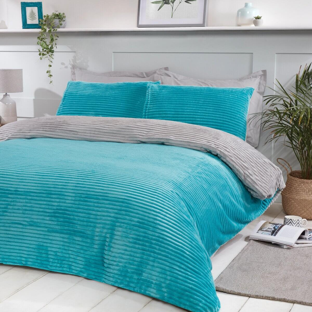 Ribbed Fleece Bedding - Reversible Duvet Cover and Pillowcase Set