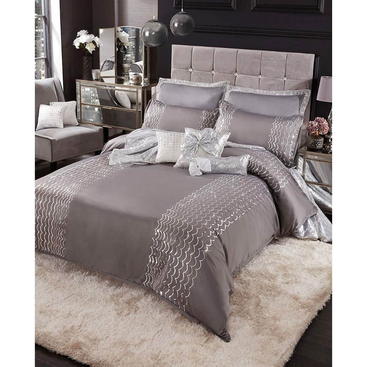 Caprice Bryony Bedding - Reversible Duvet Cover and Pillowcase Set