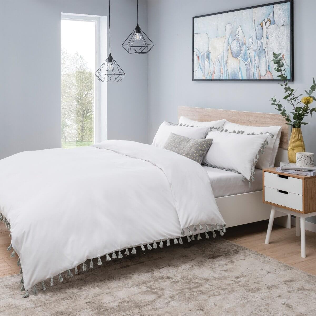 Tassels White And Grey Bedding - Reversible Duvet Cover and Pillowcase Set