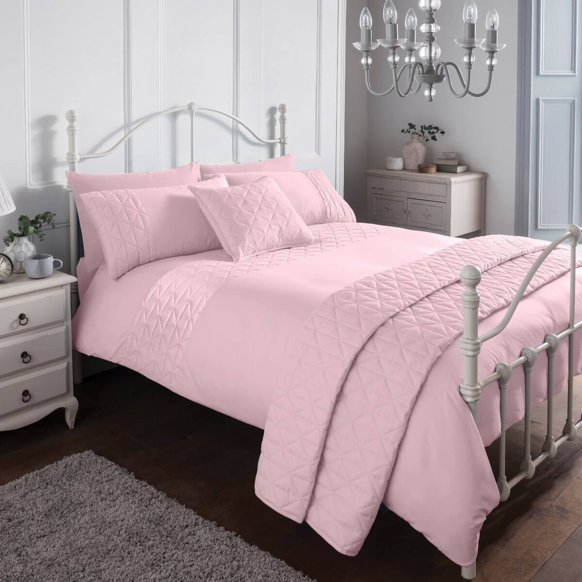 Pinsonic Pink Bedding Set