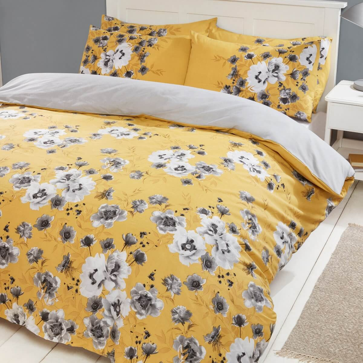 Photographic Floral Bedding - Reversible Duvet Cover and Pillowcase Set
